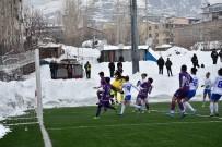KOMANDO - Hakkarigücü Spor, Karadeniz Ereğli Belediye Spor'u 3-0 Yendi