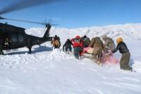 BEYİN KANAMASI - Köylerde Mahsur Kalan 194 Hasta Kar Üstü Araçlarla Kurtarıldı