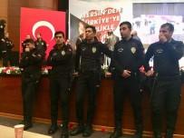 ÇEVİK KUVVET POLİSİ - Mersin'de CHP Kongresinde Gerginlik