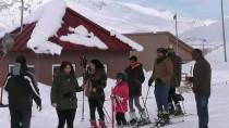 HAFTA SONU TATİLİ - Ovacık Kayak Merkezi'nde Hafta Sonu Yoğunluğu
