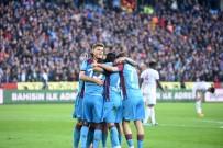 KENDİ KALESİNE - Süper Lig Açıklaması Trabzonspor Açıklaması 2 - Sivasspor Açıklaması 0 (İlk Yarı)