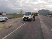 SERVİS ARACI - Burdur'da 15 Araca 4 Bin 943 TL İdari Para Cezası