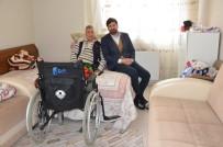 TEKERLEKLİ SANDALYE - Büyükşehir Belediyesi, Engelli Vatandaşın Tekerli Sandalye İhtiyacını Karşıladı