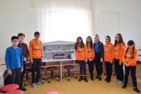 GÜNEŞ ENERJİSİ - Çanakkaleli Öğrenciler, Kendi Enerjisini Üreten Bir Temizlik Makinesi İçin Kolları Sıvadı