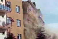Elazığ'da Hasarlı Bina Böyle Yıkıldı