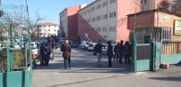GÜVENLİK GÖREVLİSİ - Güvenlik Görevlisi Önce Okul Müdürünü Sonra Kendini Vurdu