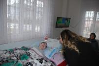 HALK EĞİTİM - Protokol Eşlerinden Serebral Palsi Hastası Ege'ye Ziyaret
