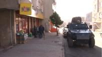 MARKET - Sultangazi'de Silahlı Market Soygunu