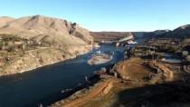 HİDROELEKTRİK - Türkiye'nin 3 Büyük Barajında Enerji Üretimi Yüzde 106 Arttı