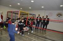 Anaokulu Öğrencilerine Badminton Eğitimi