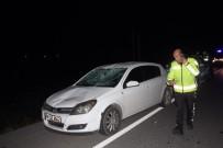 Antalya'da Otomobil Yayaya Çarptı Açıklaması 1 Yaralı