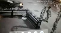 BAĞDAT - Bağdat Caddesi'nde Takla Atan Otomobil Kamerada