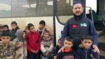 TERÖRİSTLER - Esed Rejiminin Yetimhanelerini Bombaladığı Çocuklara Fetih-Der Sahip Çıktı