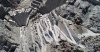 HİDROELEKTRİK - Yusufeli Barajı Hızla Büyüyor
