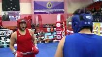 MİLLİ SPORCU - Zayıflamak İçin Başladığı Boksta Türkiye Şampiyonu Oldu