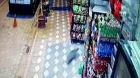 MARKET - Kırkağaç'taki Deprem Anı Kamerada