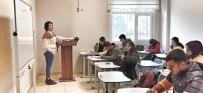 İŞARET DİLİ - Kızıltepe Belediyesi Gençlik Merkezi 14 Bin Gence Hizmet Veriyor