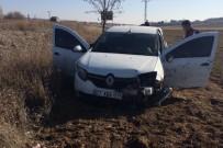 UZMAN ÇAVUŞ - Uzman Çavuş Trafik Kazasında Yaralandı