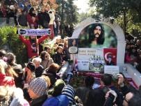 BARIŞ MANÇO - Barış Manço Ölümünün 21. Yılında Mezarı Başında Anıldı