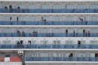 TOKYO - Japonya'daki Karantina Gemisinde Tahliye Sürüyor