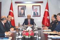 EMNIYET KEMERI - Adana'da Otobüs Kazalarının Önlenmesine Yönelik Toplantı
