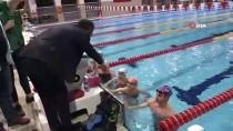 TOKYO - Bakan Kasapoğlu'ndan Olimpiyat Yolcusu Sporculara Ziyaret