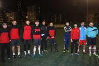 İŞARET DİLİ - Engelsiz Kartallar İlk Futbol Müsabakaları İçin Gün Sayıyor