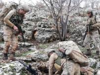 UZMAN ÇAVUŞ - Mardin'de Teröristlerin İnlerine Şafak Operasyonu