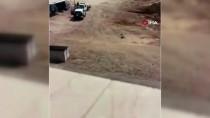 GÜVENLİK GÜÇLERİ - Medine'de Polise Silahlı Saldırı Açıklaması 2 Yaralı