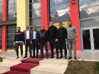 KULÜP BAŞKANI - Milletvekili Fendoğlu'ndan Yeni Malatyaspor'a Moral Ziyareti