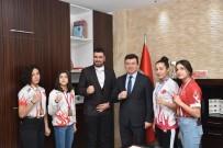 AVRUPA KUPASI - Şampiyon Sporcular Kaymakam Şahin'i Ziyaret Etti