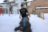 ERCIYES - Arkadaşları Gibi Koşup Oyun Oynamak İstiyor