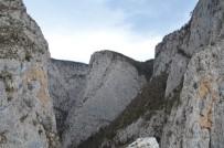 YAŞAR KARADENIZ - Dünyanın En Derin İkinci Kanyonuna Yaptırılan Seyir Terası Hizmete Girdi