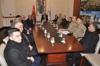 EMNIYET KEMERI - Kars'ta Taşımacılık Masaya Yatırıldı