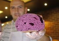 İSTANBUL ÜNIVERSITESI - (Özel) Mor Ekmek Üretti, Tanesini 10 Liraya Satıyor