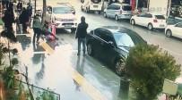 GÖLBAŞI - Polis, Bıçaklı Kavgayı Havaya Ateş Ederek Ayırdı