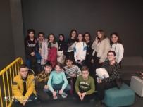 HATIRA FOTOĞRAFI - Afyonkarahisar'da Minik Sporculara Sinema Ödülü