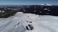 KAYAK MERKEZİ - Batı Karadeniz'in En Uzun Kayak Pisti Ilgaz Yurduntepe'ye İlgi Arttı