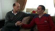 SAĞLIK PERSONELİ - Kahraman Şoför, Kalp Krizi Geçiren Yolcusunu Hastaneye Ulaştırdı