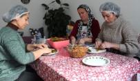 KOOPERATIF - Alaşehirli Kadınlar Ev Ekonomisine Destek Oluyor