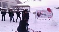 KAYAK MERKEZİ - Kelltepe Kayak Merkezi'nde Sürpriz Evlilik Teklifleri
