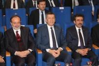 İSTİKLAL - Milli Eğitim Bakanı Selçuk, Diyarbakır'da Öğretmenlerle Bir Araya Geldi