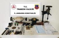 KURUSIKI TABANCA - Trabzon'da Silah İmalathanesi Baskın