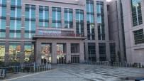 SÖZLEŞMELİ - Batman Belediyesi'nde İşten Çıkarılan 67 İşçi Mahkeme Kararıyla İşlerine İade Edildi