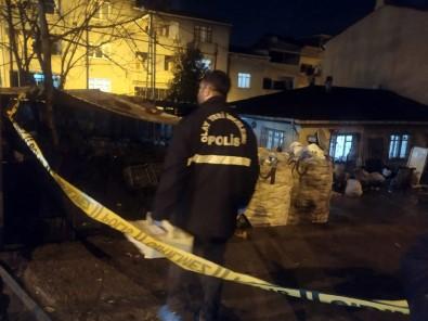 Avcılar'da Bıçaklı Kavga Açıklaması 1 Ölü 2 Yaralı