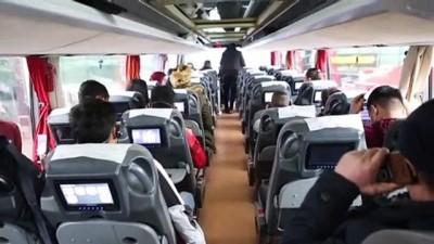 Bolu'da Düzensiz Göçmenler Otogarda Yoğunluk Oluşturdu