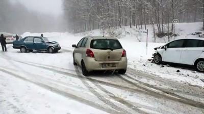 Kütahya'da Kar Yağışı Ulaşımı Etkiliyor