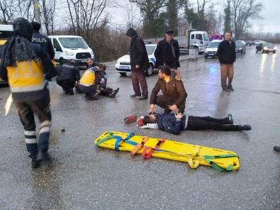 Samsun'da Motosiklet Kazası Açıklaması 2 Yaralı