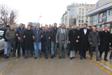 Ülkücüler Kar Yağışı Altında İdlib Şehitleri İçin Yürüdü