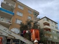Bursa'da Kedi Kurtarma Operasyonu